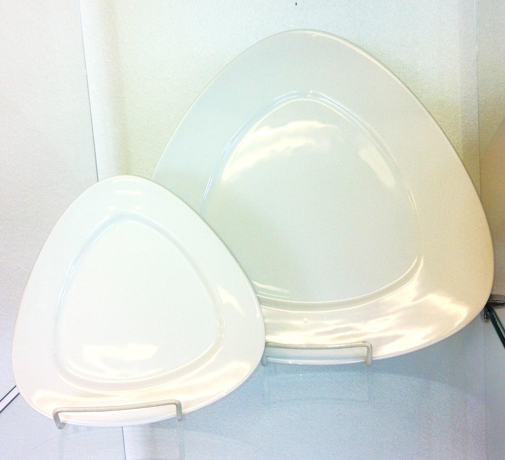 Triangle plates