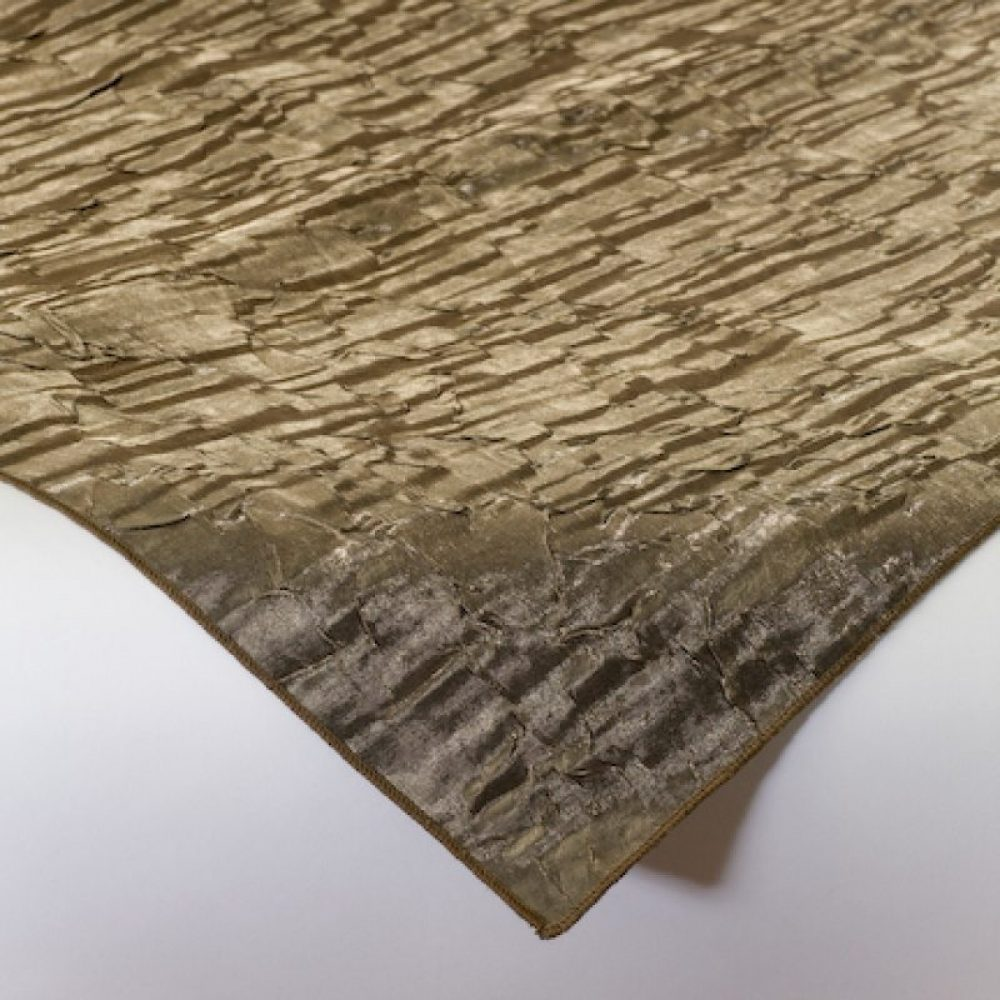 Iridescent Crush Linen Black Hills Gold