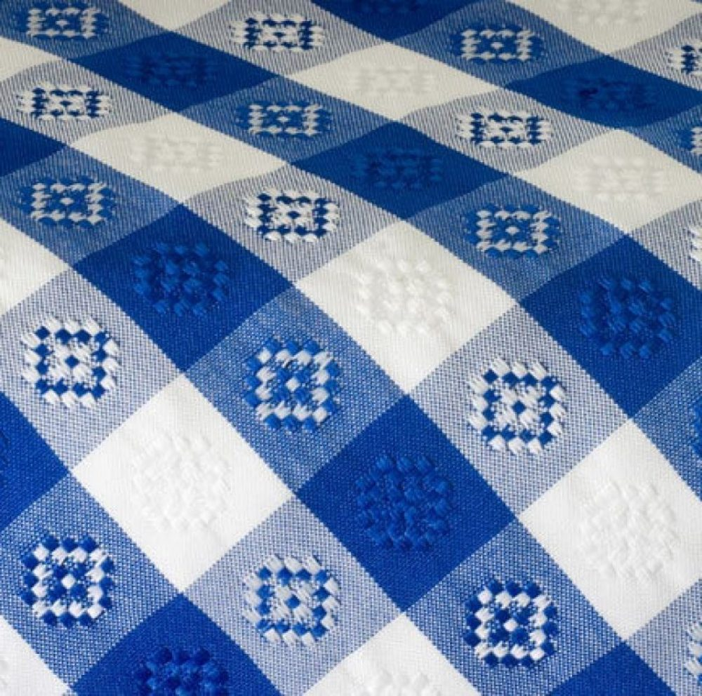 Blue & White Checked Umbrella Table Linen